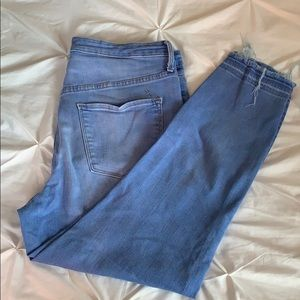Mossimo frayed end jeggings